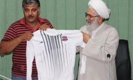دیدار اعضای کانون هوادارن باشگاه فوتبال نساجی با ابوالشهیدین آیت الله معلمی + تصاویر