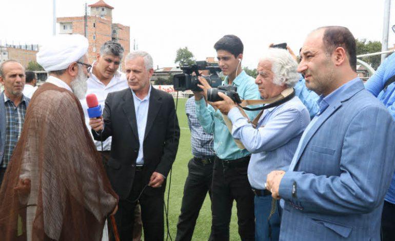 حضور آیت الله معلمی در ورزشگاه شهید وطنی قائم شهر و پیگیری رَوَند بازسازی ورزشگاه + تصاویر