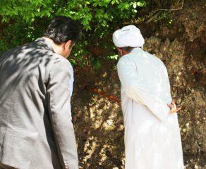 آیت الله معلمی با حضور در تپّه باستانی گردکوه ، از این منطقه بازدید میدانی به عمل آوردند + تصاویر