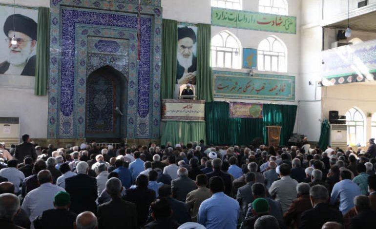 مراسم نماز جمعه ۱۷ آبان ماه ۱۳۹۸ شهرستان قائم شهر به روایت تصویر